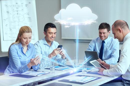 Fél lábbal a felhőben - felhőszolgáltatások jövője
